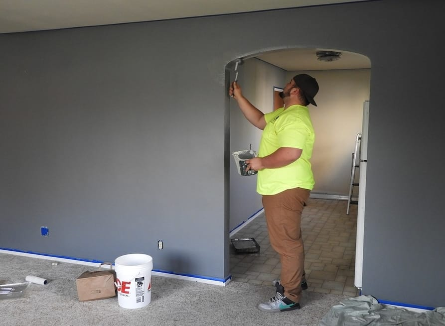 The Benefits of Painting a House Exterior | Learn how to make rooms look pretty with colors