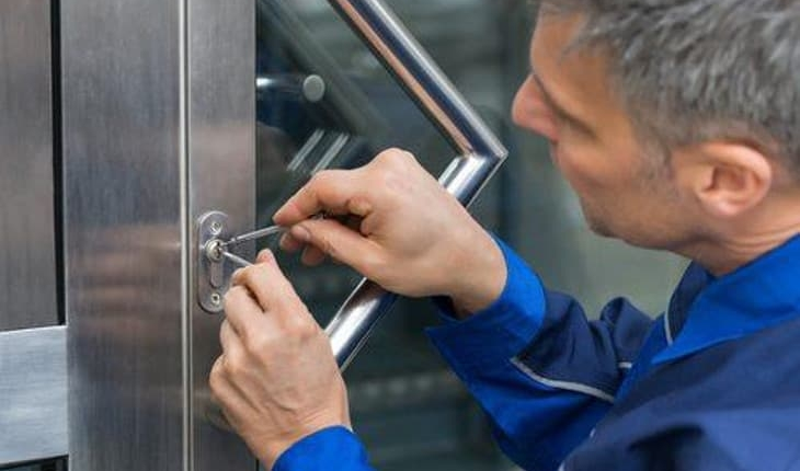 Why Should You Hire A Locksmith? Why you need a locksmith to open a safe?